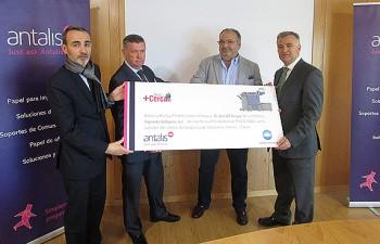 Antalis y Konica Minolta entregan una máquina gracias al programa de fidelización Antalis + Cerca 2014