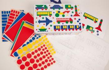 "Apli Kids: cajas temáticas de ""gomets"""
